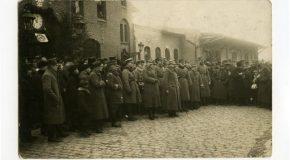 Fot. w załączeniu: Powitanie gen. Józefa Hallera na Rynku w Chełmnie 29 stycznia 1920, fot. Carl Eller, zbiory Muzeum Ziemi Chełmińskiej w Chełmnie