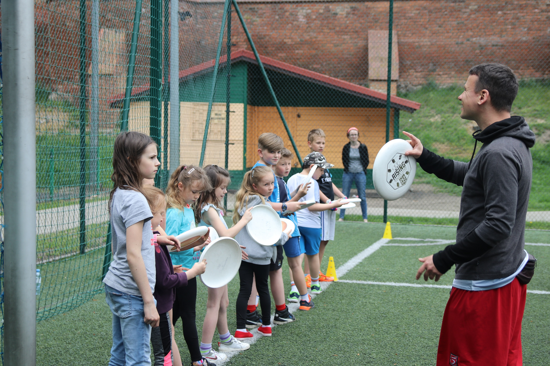 Frisbee Day - gry i zabawy z dyskiem - © fot. KS Nine Hills Chełmno